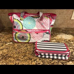 Thirty-One Gifts True Beauty make-up/travel bag